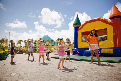 Family Friendly Accommodations at Moody Gardens Hotel